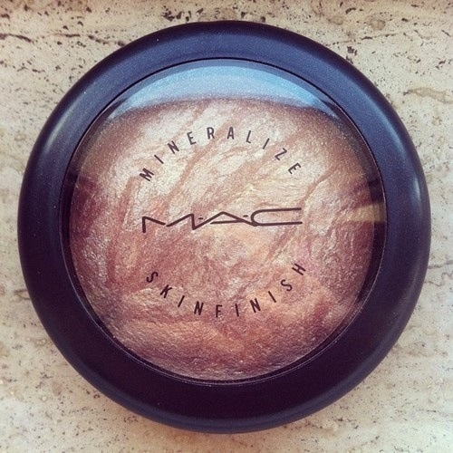 Mac's mineralize skin finish Soft and Gentle
