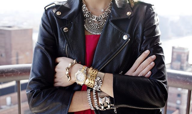 """Arm Party"": Miles De Pulseras"