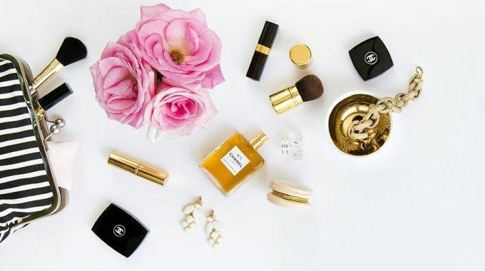 10 Productos Que NO Deben Faltar En Tu Cosmetiquero