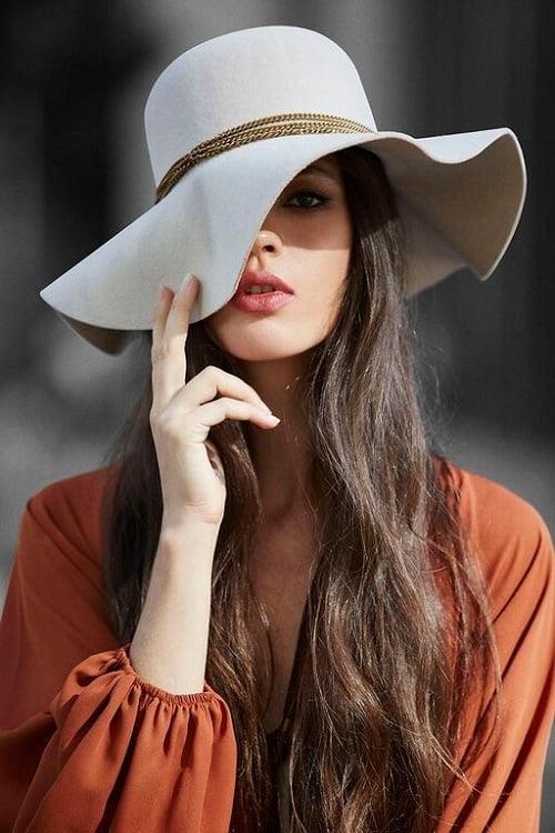 Los sombreros del verano y cómo usarlos – Consultora de Imagen f7476e8de37