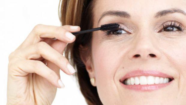 Cómo Lucir Más Joven Con Trucos De Maquillaje