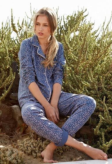 lisantino-pijama-azul-con-estampado-de-flores-2-1335-azlpadre-01-1