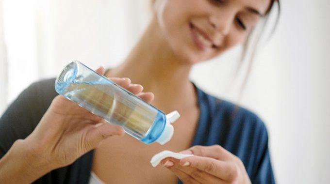 Por Qué Desmaquillarte Con Agua Micelar